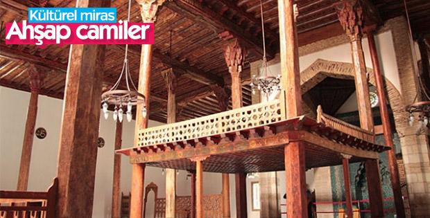 Türk-İslam geleneğinin yapısı olan ahşap camiler