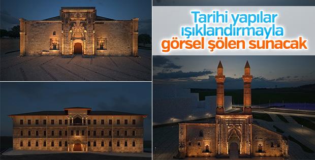 Sivas'ın tarihi eserleri ışıklandırılacak