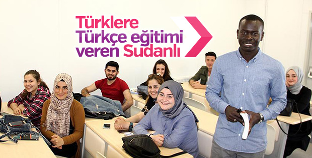 Sudanlı gençten Türk öğrencilere Türkçe dersi