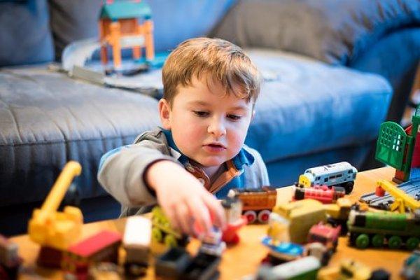 Bir çocuk için hayalleri ve oyunları çok önemli