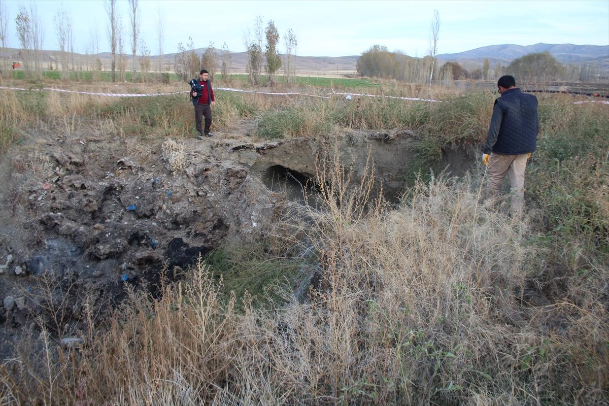 Sivas'ta 8 metre derinliğinde obruk oluştu