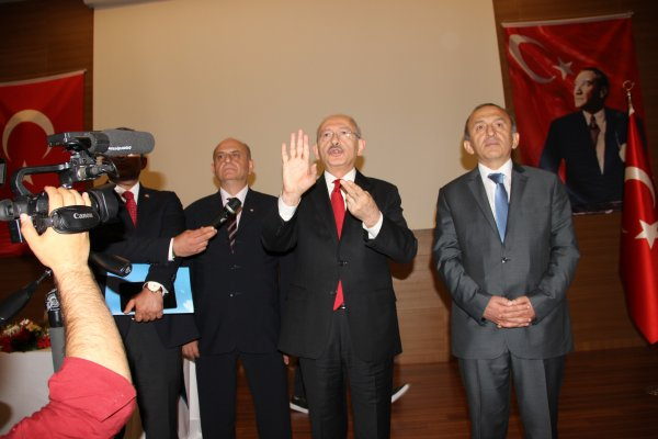 Kılıçdaroğlu'nun iş adamıyla asgari ücret polemiği
