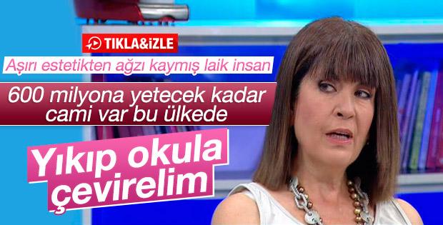 Nurşen Mazıcı'dan tartışılacak cami çıkışı