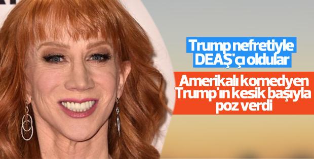 ABD'li komedyen Trump'ın kesik başıyla poz verdi