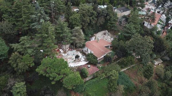 Adnan Oktar'ın villasındaki kaçak yapılar yıkıldı