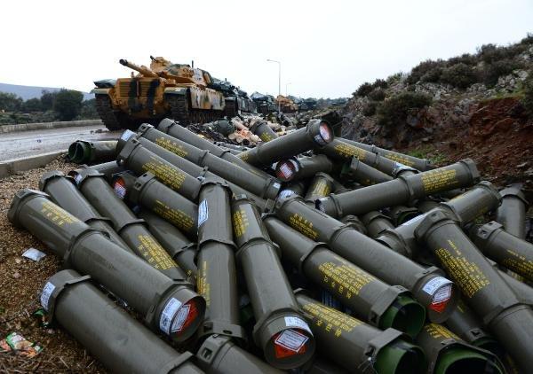 Afrin'e zırh delici toplar yağdı
