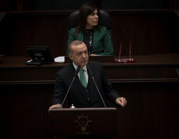 Erdoğan: Yunan'ın efeliği uçaklarımızı görene kadardır