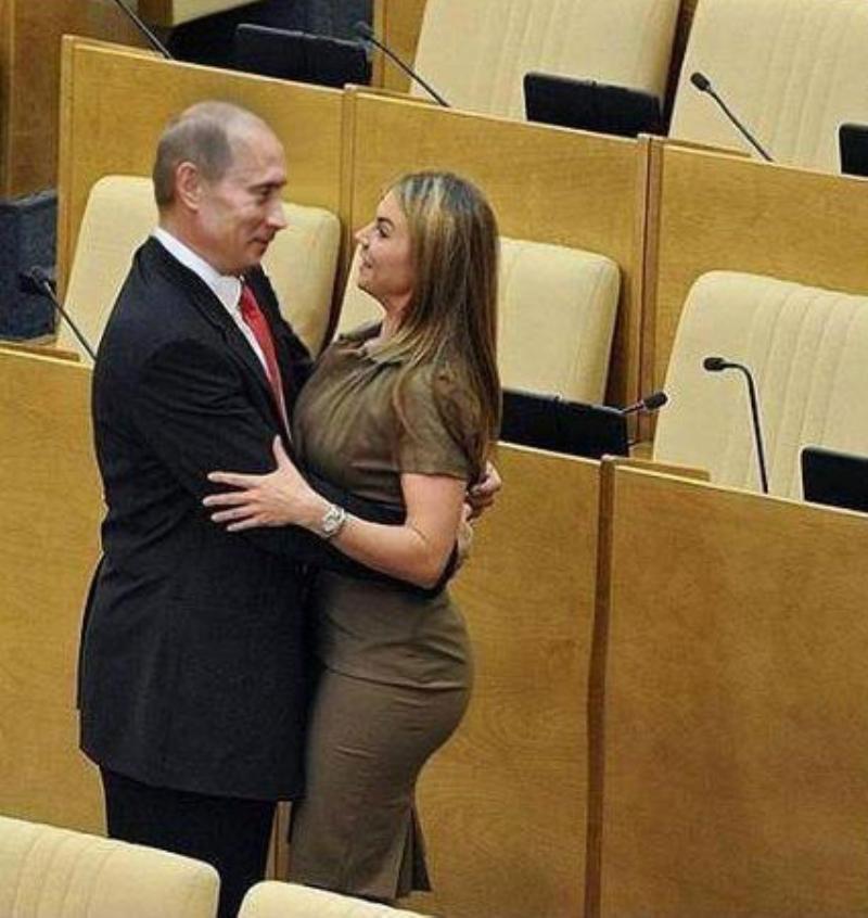Отношения Кабаевой и Путина не дают покоя россиянам