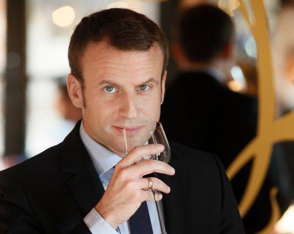 Fransa Cumhurbaşkanı Macron'dan şarap güzellemesi