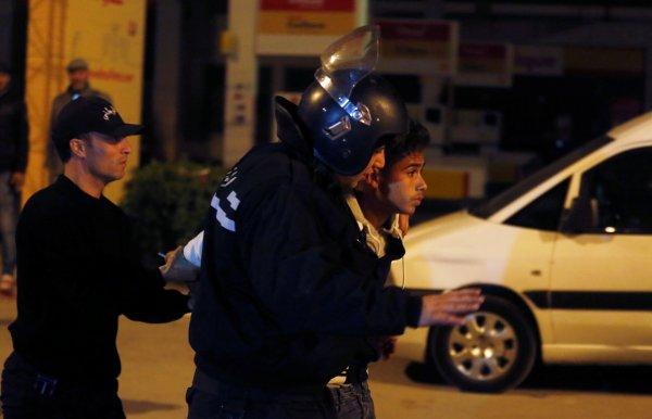 Tunus eylemlerinin arkasından BAE çıktı