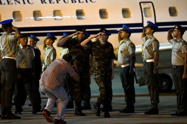 Yunan Savunma Bakanı'ndan Akar'a davet