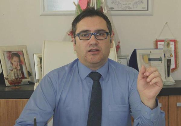 Bursa'da lise mezunu sahte profesör yakalandı