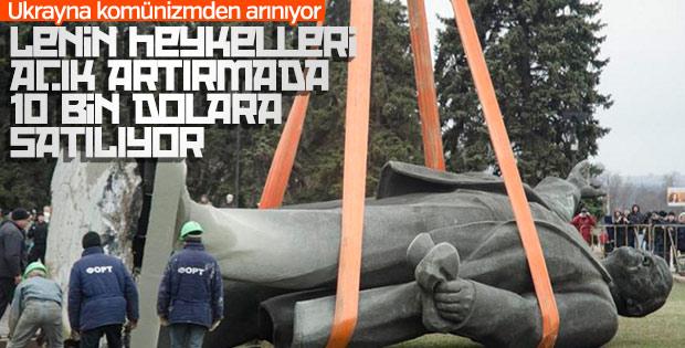 Lenin heykeli 10 bin dolara satıldı