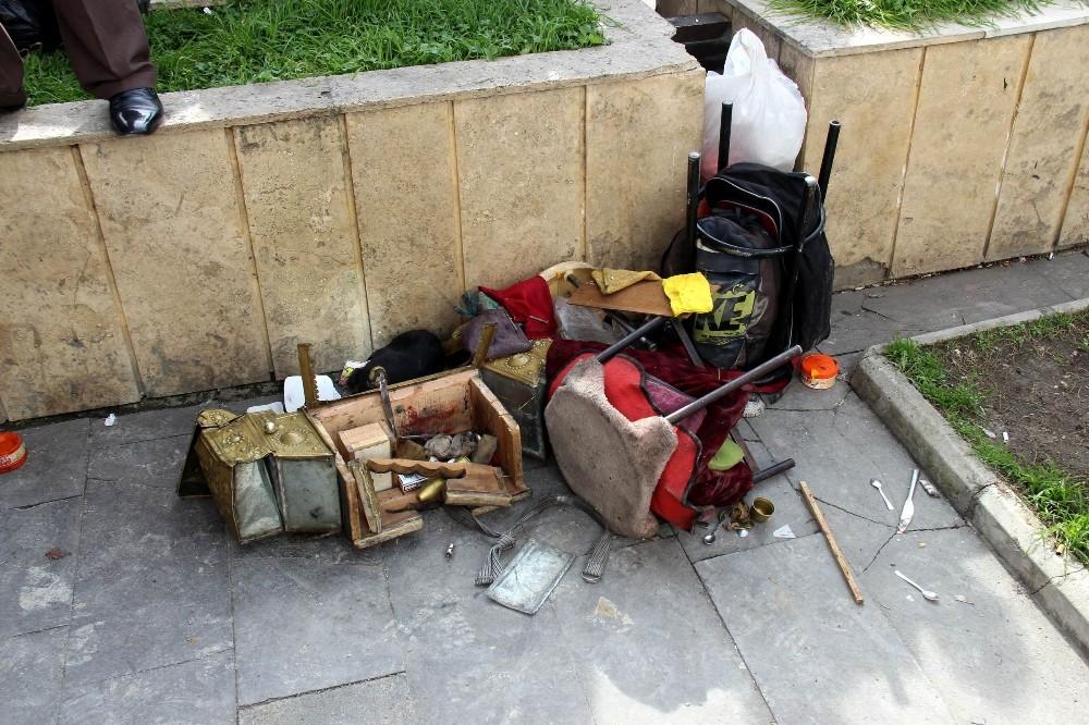 Samsun'da esnaf 78 yaşındaki boyacıyı darbetti