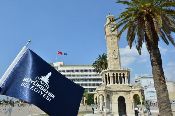 Fitch, İzmir'in 'AAA' notunu bir kez daha onayladı