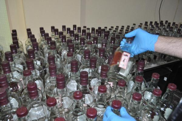Evde sahte alkollü içki üreten şüpheli, tutuklandı