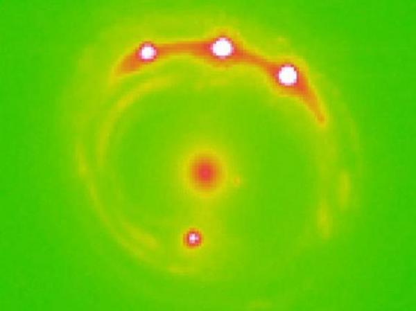 Galaksi dışında yeni gezegenler keşfedildi