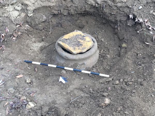 Malatya'da 2 bin yıllık küp bulundu