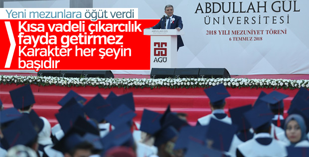 Abdullah Gül, AGÜ mezuniyet törenine katıldı