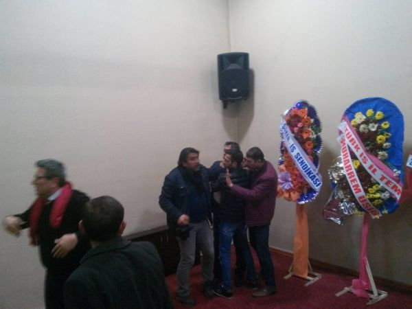 CHP Afyonkarahisar kongresinde kavga çıktı