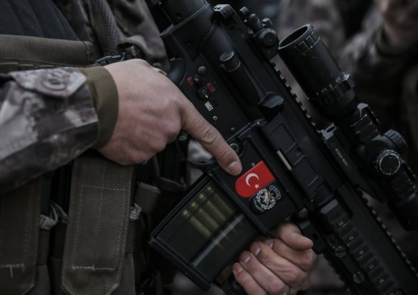 PÖH'ler Afrin'e uğurlanıyor