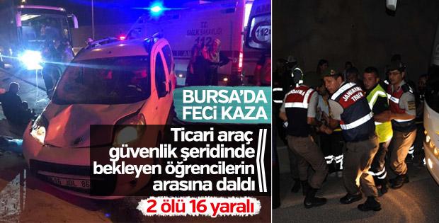 Bursa'da trafik kazası: 2 ölü, 16 yaralı