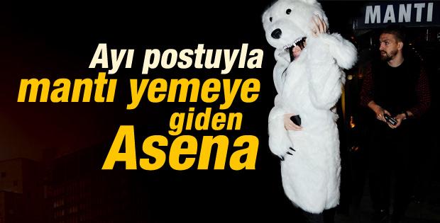 Asena Erkin'in kutup ayısı kürkü