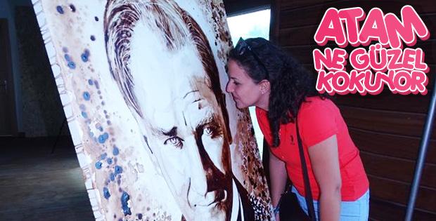 Kahveden Atatürk portresi