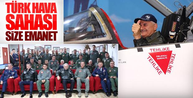Başbakan, Çiğli 2. Ana Jet Üssü'nde