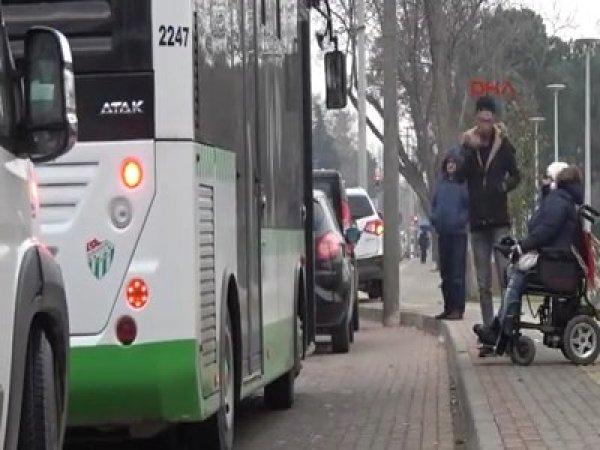 Bursa'da engelli vatandaş otobüse almayan şoför