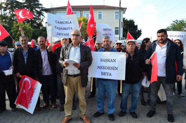 CHP´li belediyeye ´çalışmıyor´ protestosu