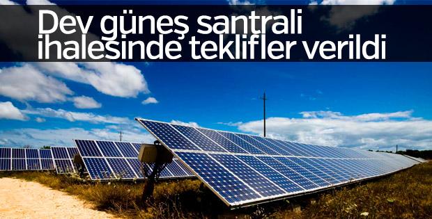 Dev güneş santrali ihalesinde teklifler verildi