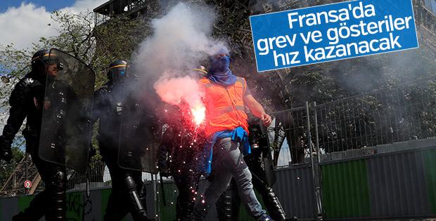 Fransa'da Macron için zor günler geliyor