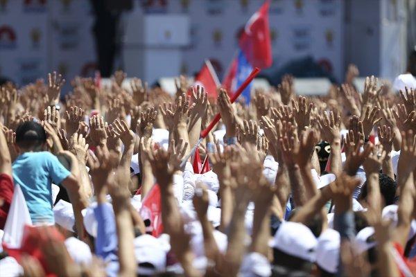 AK Parti Sözcüsü Ünal: HDP Kandil'den emir alıyor