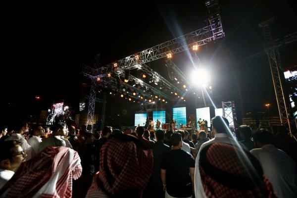 Suudi Arabistan'da ilk kez jazz festivali yapıldı