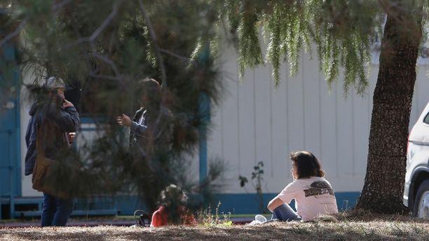 Kaliforniya'da bir okula silahlı saldırı düzenlendi