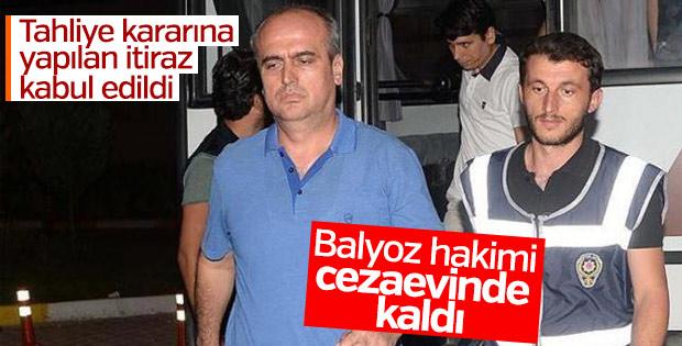 Balyoz davası hakiminin tutukluluğu devam edecek