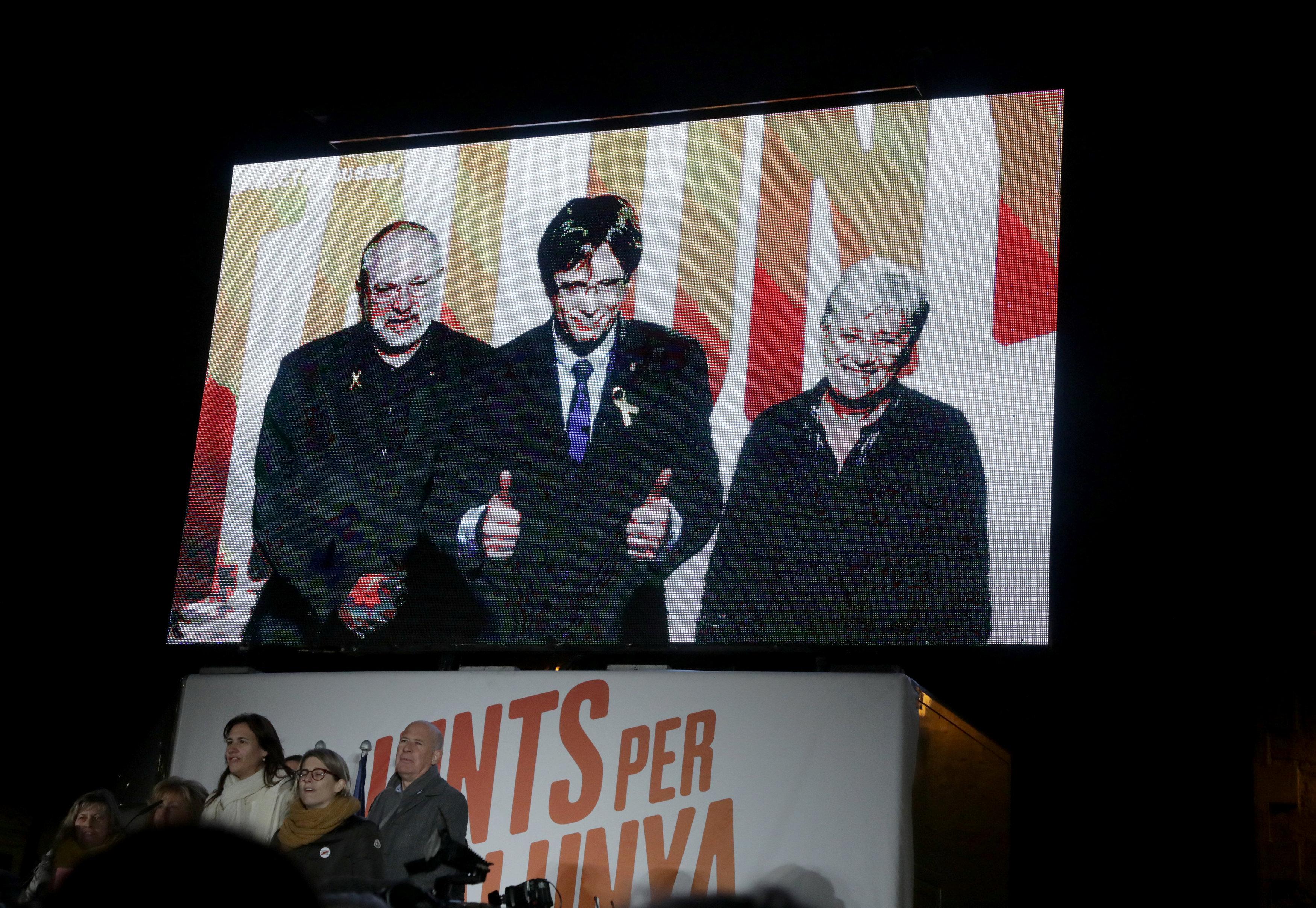 İspanya'da Katalonya için seçim zamanına son 1 gün