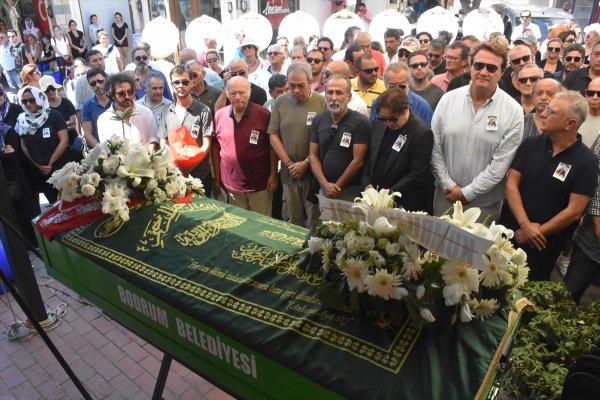 Fazıl Say: Cenaze namazını en güzel şekilde kıldık