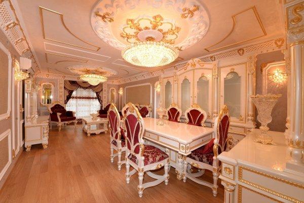 Malatya'da altın kaplamalı apartman