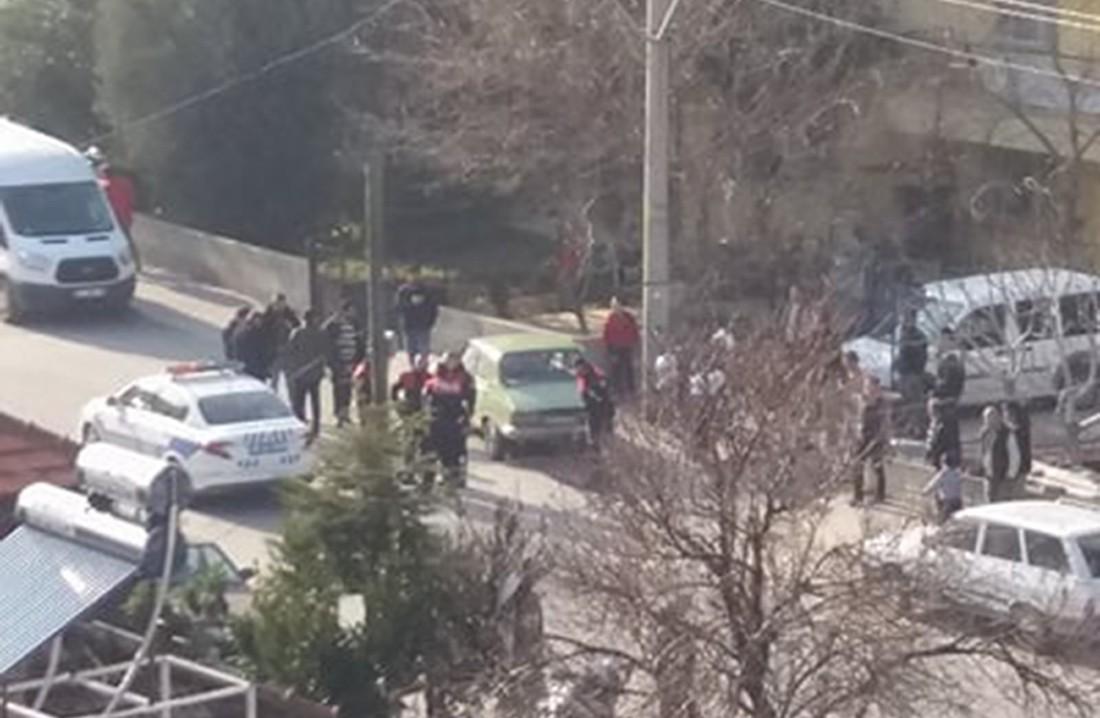 'Dur' ihtarına uymayan şahsı 10 polis aracı kovaladı