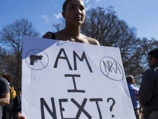 ABD'de öğrencilerden bireysel silahlanma protestosu