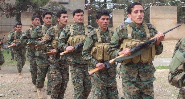 ABD teröristlerine Menbiç'te eğitim verdi