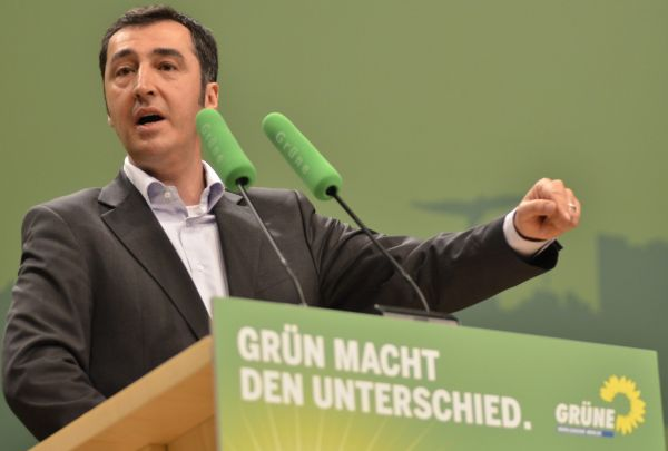 Cem Özdemir Almanya siyasetinden siliniyor
