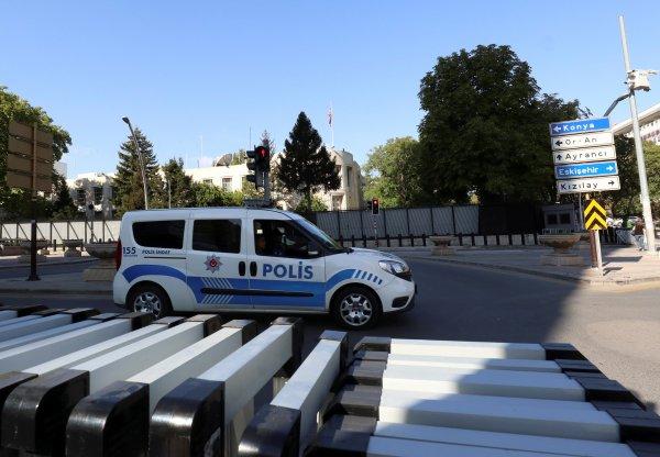 Ömer Çelik: Ankara'daki saldırı provakasyondur