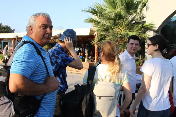 Tatilciler yine Midilli Adası'na akın etti