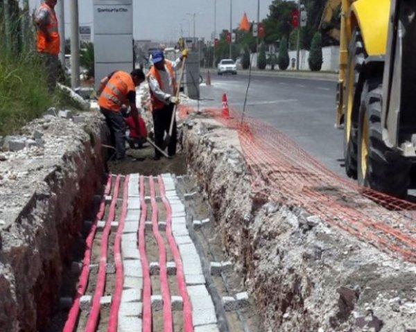 Şanlıurfa'da elektrik hatları yeraltına alınıyor