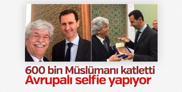İtalyan senatör Esad'la selfie yaptı