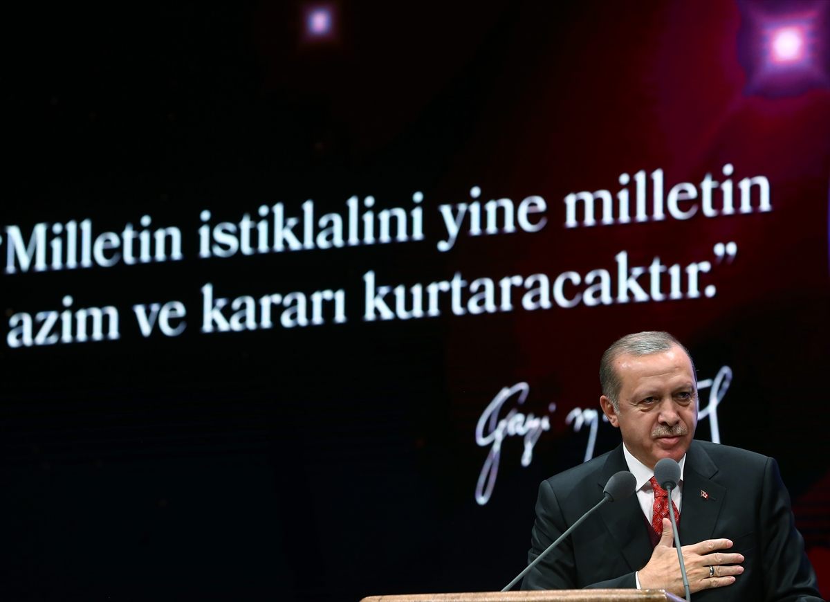 Cumhurbaşkanı Erdoğan Atatürk'ü anma törenine katıldı