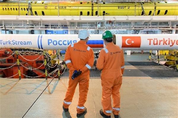 Türk Akımı projesinin yarısından fazlası döşendi